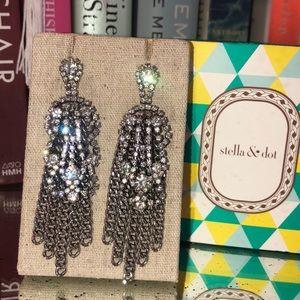 Stella & Dot Petra earrings
